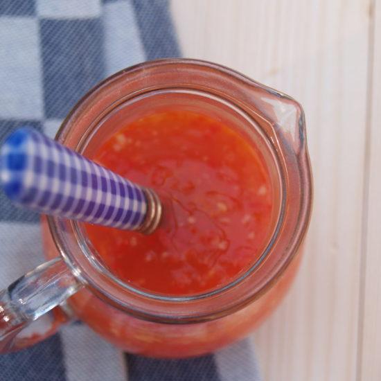 pittige chilisaus zelf maken