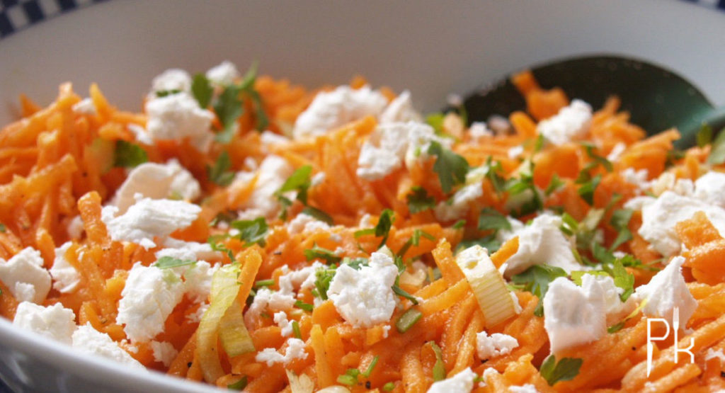 frisse wortel salade met feta pienskeuken. Black Bedroom Furniture Sets. Home Design Ideas
