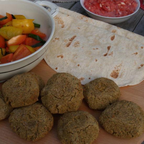 falafel van jamie wrap met gegrilde groenten