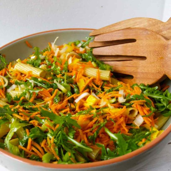 rijk gevulde rucola salade