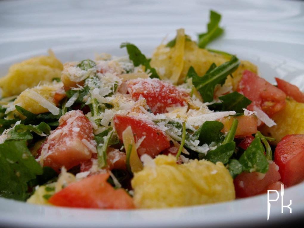 gnocchi met rucola en tomaat