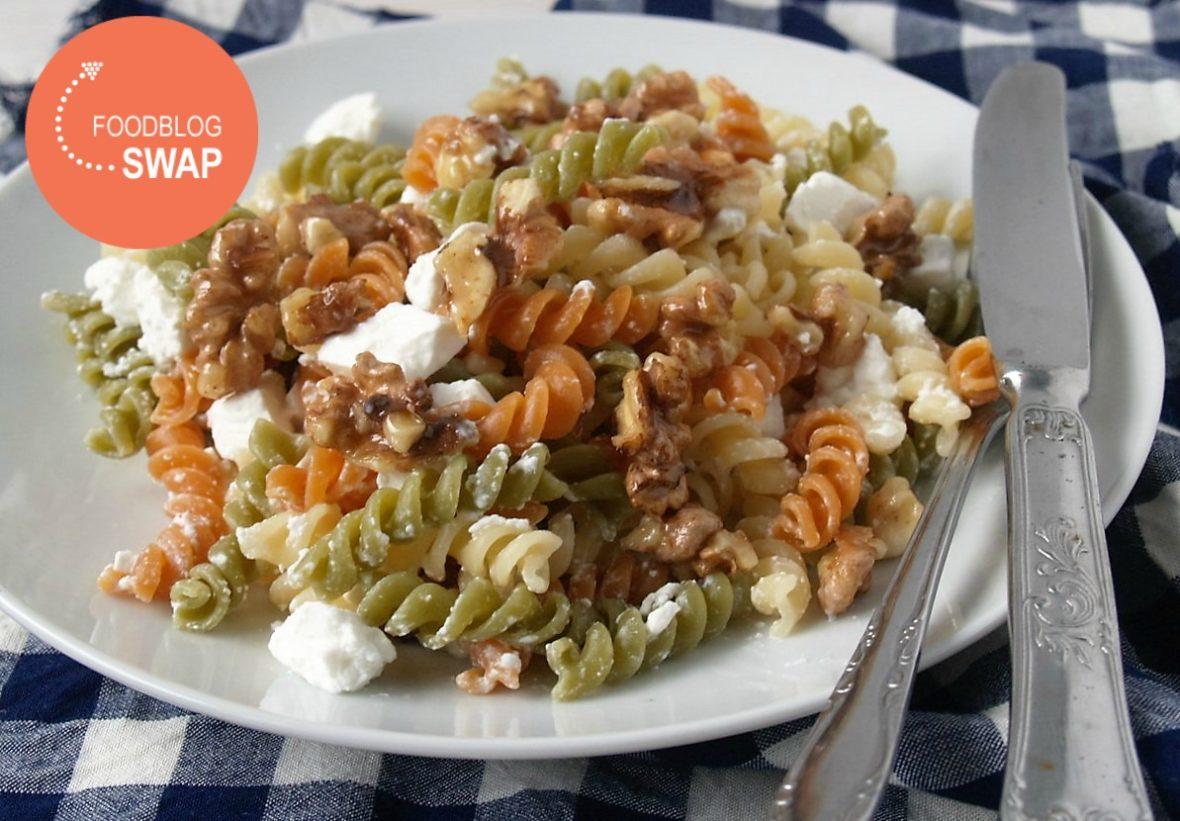 snelle pasta met geitenkaas en honing