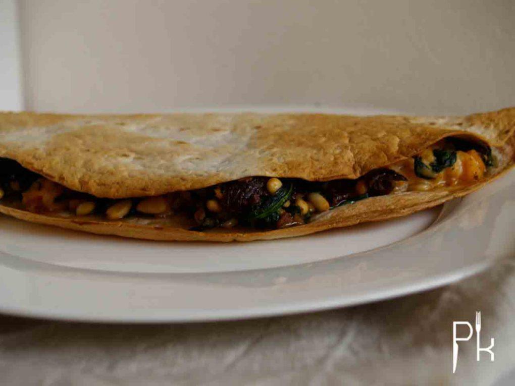 quesadilla met spinazie en zalm
