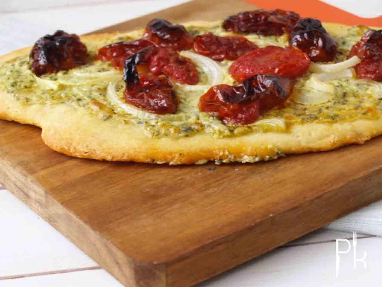 flammkuchen tomaat pesto